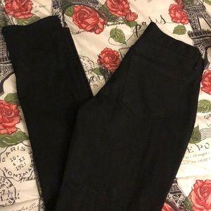 Black slim never fade jeans